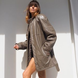 VINTAGE NEUTRAL TAUPE BELTED LEATHER COAT